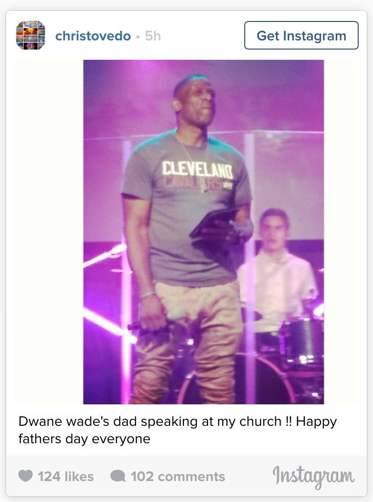 Wade's dad Cavs shirt