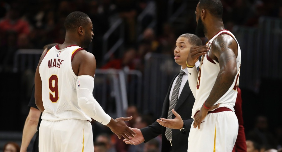 Tyronn Lue exhausted of questions about LeBron James' minutes
